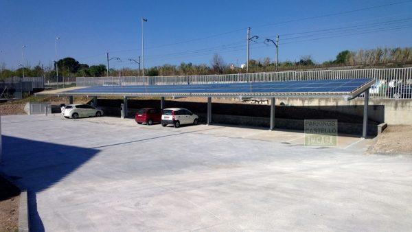 Marquesina parking recarga vehículos eléctricos